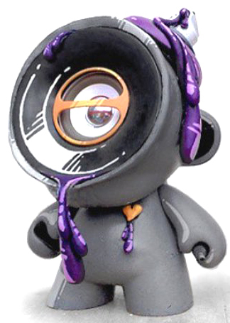 Portable_speakers-luaiso_lopez-munny-pobber_toys-trampt-294012m