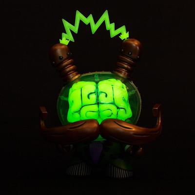 Emerald_city_gid_cognition_enhancer_i_am_retro-doktor_a-dunny-kidrobot-trampt-294433m