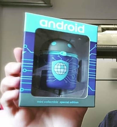 Security__privacy-andrew_bell-android-dyzplastic-trampt-295202m