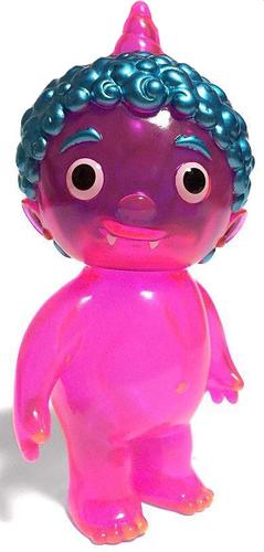 Clear_pink_oni_kid_dcon_18-cometdebris_koji_harmon-oni_kid-cometdebris-trampt-296168m