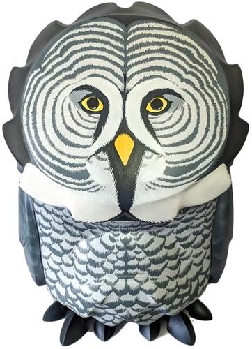 Great_grey_owl-jon-paul_kaiser-omen-trampt-296229m