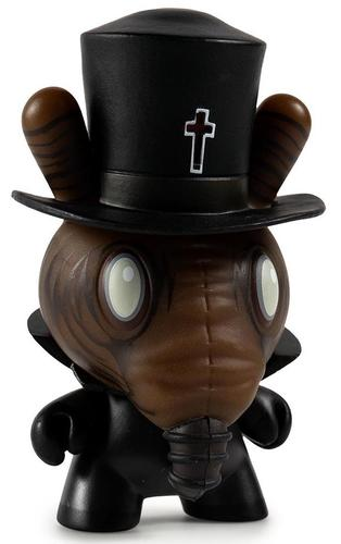 Black_magic-chet_zar-dunny-kidrobot-trampt-296713m