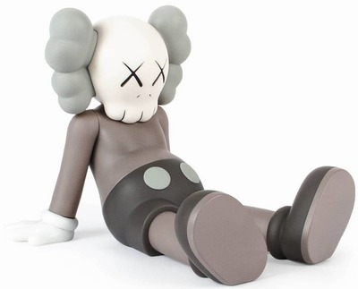 Brown_kaws__holiday-kaws-companion-all_rights_reserved_ltd-trampt-298025m
