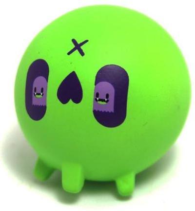 Green_skull-nicky_davis-skull-martian_toys-trampt-298338m