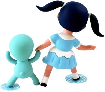Blue_veronica_wild_girl__chou_chou-gary_baseman-wild_girls-3d_retro-trampt-298491m