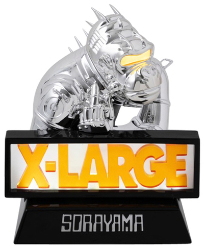 Sorayama_robot_gorilla-x-large-robot_gorilla-medicom_toy-trampt-298689m