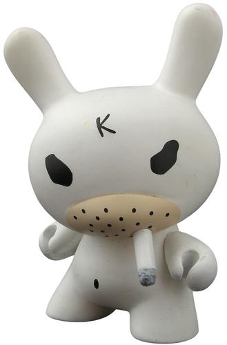 White_hate_chase-frank_kozik-dunny-kidrobot-trampt-298919m