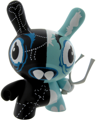 Welsh_rarebit-attaboy-dunny-kidrobot-trampt-298930m
