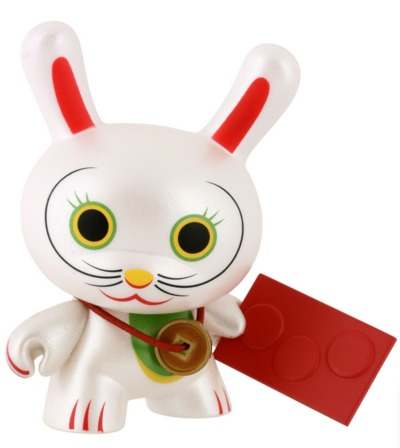 Fortune_cat_-_eyes_open_chase-mr_shane_jessup-dunny-kidrobot-trampt-298944m