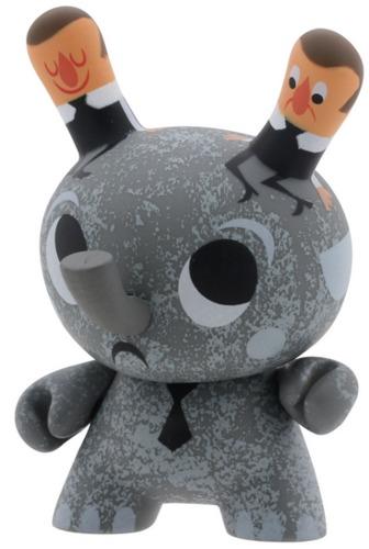 Elephant-amanda_visell-dunny-kidrobot-trampt-298968m