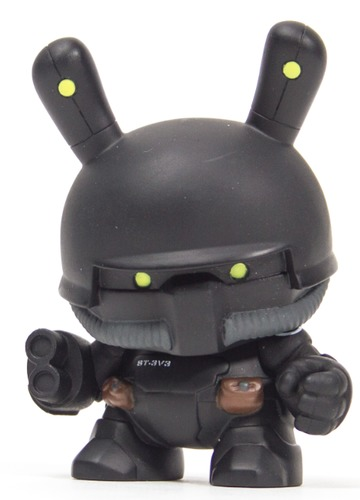 St-3v3_-_heavy_purification_unit-huck_gee-dunny-kidrobot-trampt-299260m