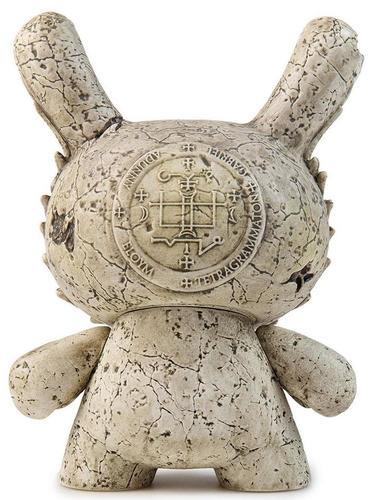 5_stone_gabriel_archangel__arcane_divination_kidrobot_exclusive-jryu_jryu-dunny-kidrobot-trampt-299306m