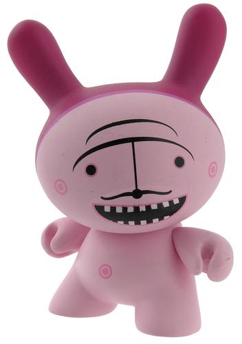 Moustache_pink-dalek_james_marshall-dunny-kidrobot-trampt-299330m