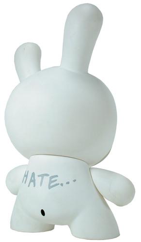 Hate_-_white-frank_kozik-dunny-kidrobot-trampt-299389m