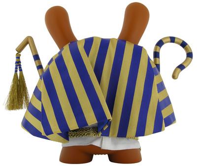 King_tut_-_blue-sket_one-dunny-kidrobot-trampt-299428m