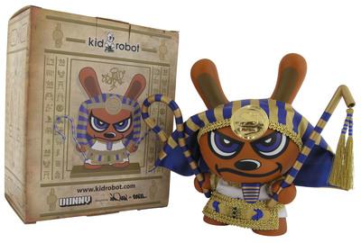 King_tut_-_blue-sket_one-dunny-kidrobot-trampt-299429m