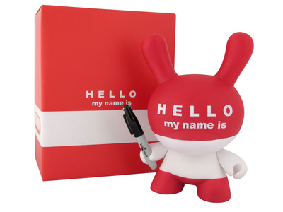 Hello_my_name_is_hmni-huck_gee-dunny-kidrobot-trampt-299437m