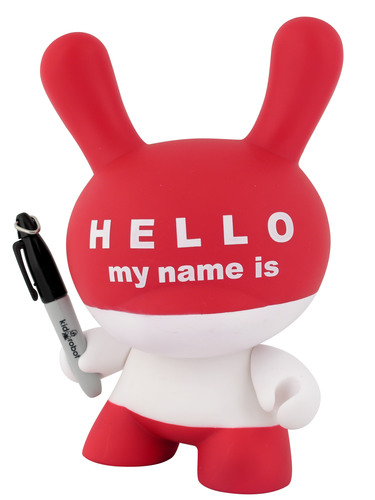 Hello_my_name_is_hmni-huck_gee-dunny-kidrobot-trampt-299438m