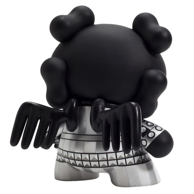 Skullhead_-_back_in_black-huck_gee-dunny-kidrobot-trampt-299481m