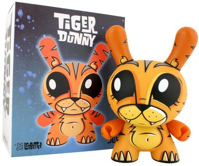 Tiger-joe_ledbetter-dunny-kidrobot-trampt-299495m