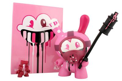 Tag_team_-_pink-tristan_eaton-dunny-kidrobot-trampt-299499m
