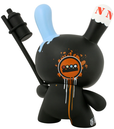 Tag_team_-_black-tristan_eaton-dunny-kidrobot-trampt-299503m