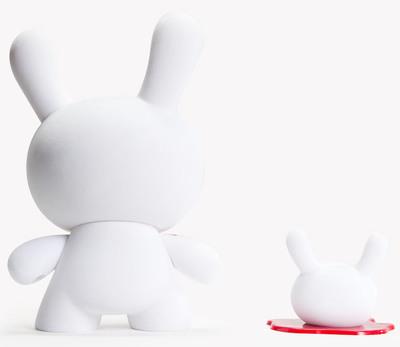 Blood__fuzz-luke_chueh-dunny-kidrobot-trampt-299565m