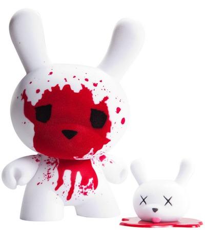 Blood__fuzz-luke_chueh-dunny-kidrobot-trampt-299567m