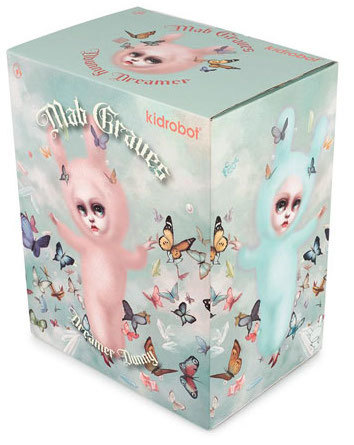 The_dreamer_-_pink-mab_graves-dunny-kidrobot-trampt-299606m