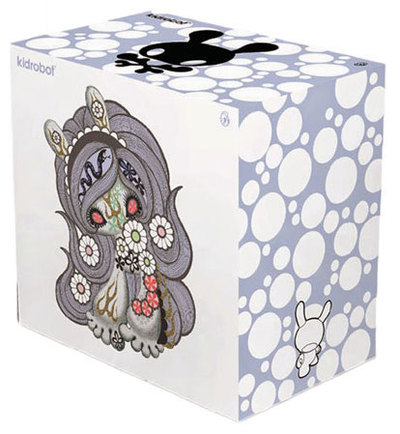 8_berry_chocolate_lady_sdcc_15-junko_mizuno-dunny-kidrobot-trampt-299610m