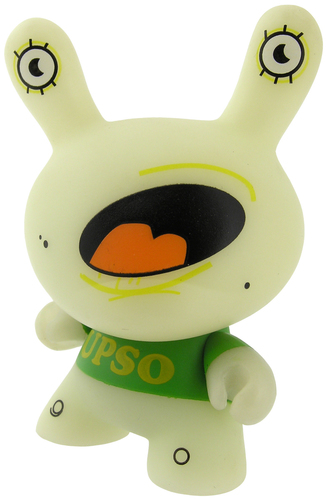 Untitled_dunny-upso-dunny-kidrobot-trampt-299643m