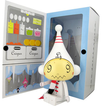 White_ice-bot-dalek_james_marshall-ice-bot-kidrobot-trampt-299776m