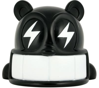 Reach_bear_-_black-reach-reach_bear-kidrobot-trampt-299896m