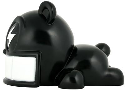 Reach_bear_-_black-reach-reach_bear-kidrobot-trampt-299898m