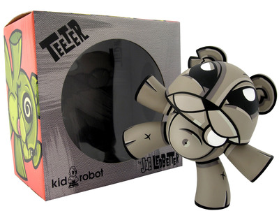 Teeter_-_mono-joe_ledbetter-teeter-kidrobot-trampt-299953m