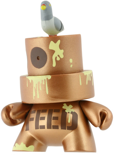 Feed_the_pigeons-pon-fatcap-kidrobot-trampt-299987m