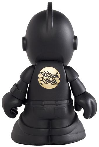 Bots_-_kidrobot_10th_anniversary-tristan_eaton-bots-kidrobot-trampt-300138m