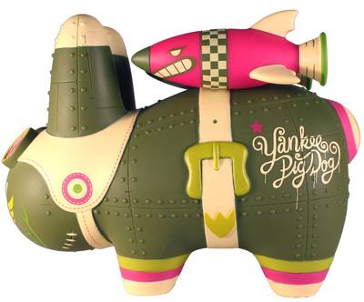Yankee_pig_dog_-_biological_warfare_edition-frank_kozik_kronk-labbit-kidrobot-trampt-300174m