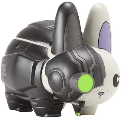 Cyborg_labbit_-_nemesis_edition-frank_kozik_chuckboy-labbit-kidrobot-trampt-300196m