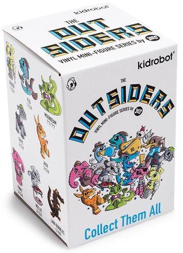 The_outsiders_-_pelicant-joe_ledbetter-the_outsiders-kidrobot-trampt-300315m