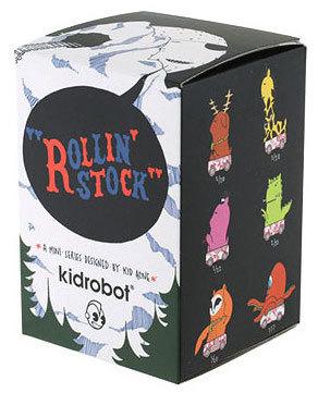 Mammoth-kid_acne-rollin_stock-kidrobot-trampt-300492m