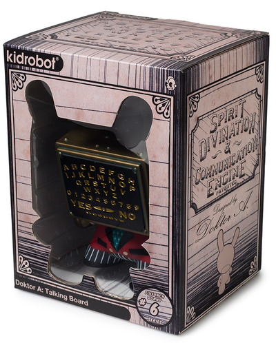 5_talking_board_dunny_-_red-doktor_a-dunny-kidrobot-trampt-300708m