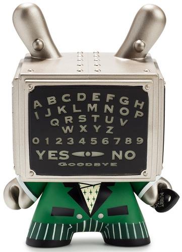 Talking_board_5_dunny_-_gid-doktor_a-dunny-kidrobot-trampt-300710m