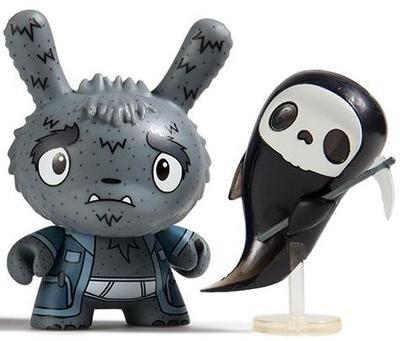 Grim_reaper_grampy-the_bots_jenn_and_tony_bot-dunny-kidrobot-trampt-300935m