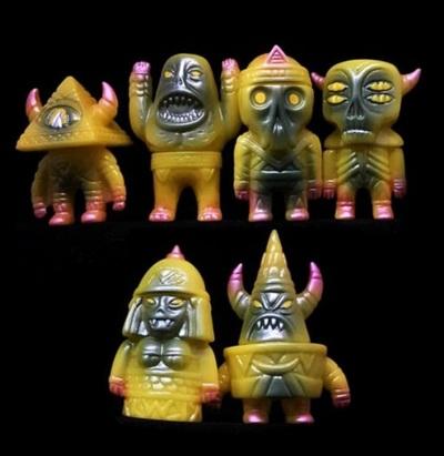 Hextraterrestrials-martin_ontiveros-hextraterrestrials-toy_art_gallery-trampt-301297m