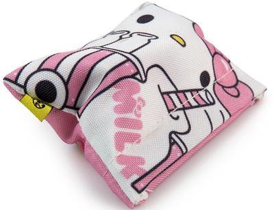 Hello_kitty_milk_truck-sanrio-kidrobot_x_sanrio-kidrobot-trampt-301338m