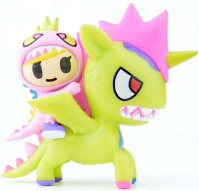 Little_terror__kaijucorno-tokidoki_simone_legno-unicorno-tokidoki-trampt-301685m