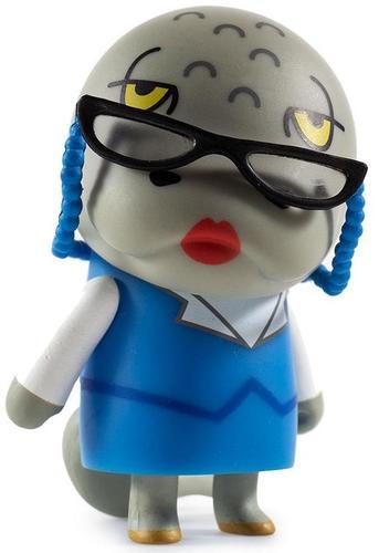 Aggretsuko__tsubone-sanrio-kidrobot_x_sanrio-kidrobot-trampt-302221m