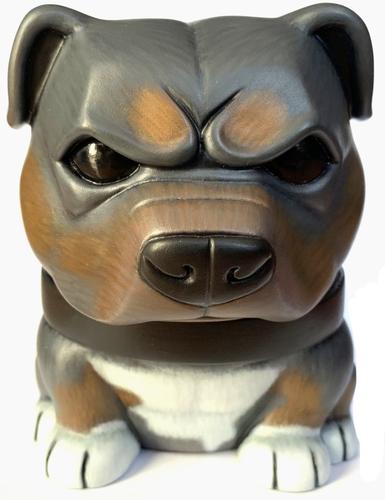 Tricolor_danger_dog-soko_cat-danger_dog-trampt-302410m