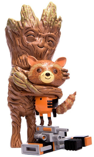 Guardians_of_the_galaxy_rocket__groot_treehugger-mike_mitchell-treehugger-mondo_toys-trampt-302485m